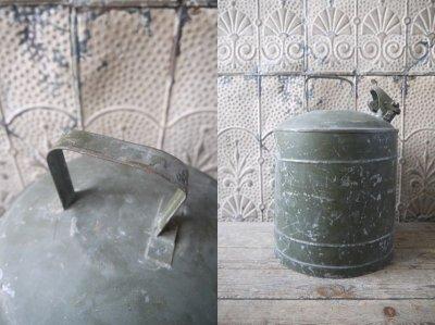 画像2: アンティーク スチール缶