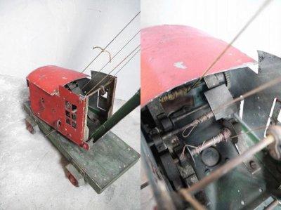 画像1: アンティーク  メタルクレーン車 オブジェ